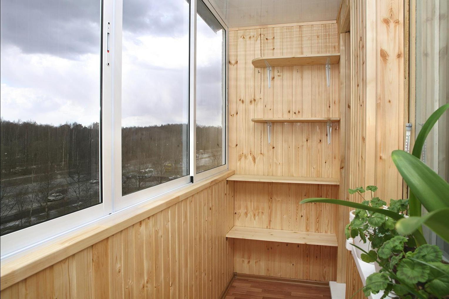 Внутренняя отделка балкона: проведение работ полностью своим.